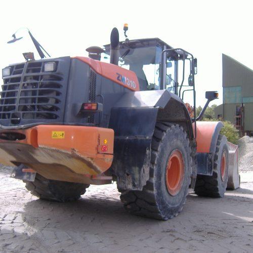 Hitachi ZW310 2012 10700hrs